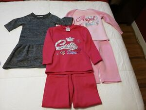 Girl's sweaters and Outfits Belleville Belleville Area image 2