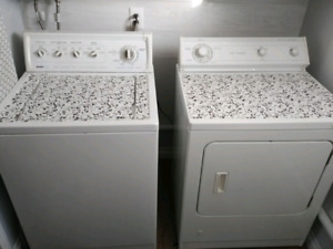 Washer and Natural Gas Dryer 300 bucks!