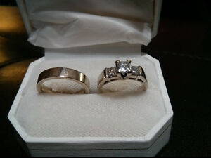 Engagement & Matching Wedding Ring For Sale