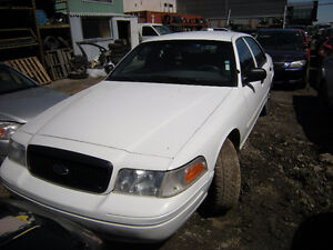 2005 Ford Crown Victoria Police Berline