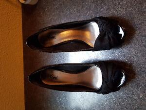 Shoes (7, 7W, 7.5)