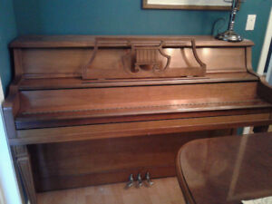 Kincaid upright apartment acoustic piano