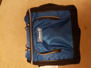 Coleman 16 can cooler /removable liner