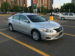 2014 Nissan Altima 2.5 S (Mint Condition)