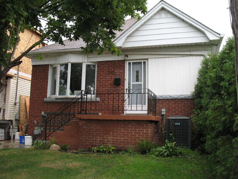 3 Bedroom House For Rentton Central House Rental Ton Kijiji
