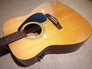 Yamaha Acoustic / Electric - $185