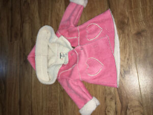 • NEW •      BABY GIRL CLOTHES!!!!     15$ each item