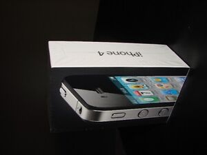 BRAND NEW IN SEALED PKG IPHONE 4