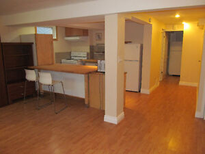 Square One Rent Buy Or Advertise A Bachelor Or Studio
