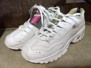 New with tags sketchers sport size 10