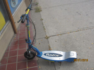 Best Electric Razor E100 Scooter Upgraded to Lithium Batteries