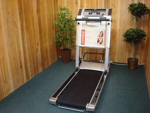 DEALER CERTIFIED Tempo Evolve Compact Folding Treadmill