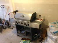 Large BBQ - Great condition - AS IS!  Comes with propane tank