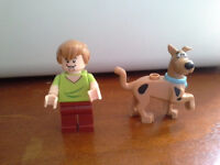 Authentic shaggy and scooby doo lego minifigs