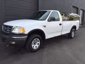 2001 Ford F-150 Pickup Truck | Low KM's + Clean