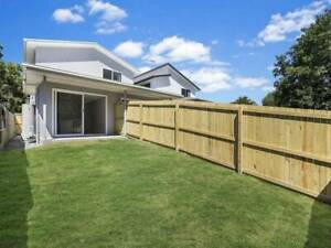 Studio -  Coopers plains - one person only - back yard