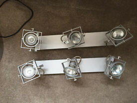 2 x ceiling lights (3 lamps in each)