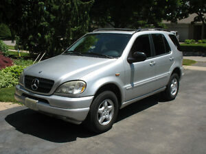 1998 Mercedes-Benz M-Class ML320 SUV, Crossover