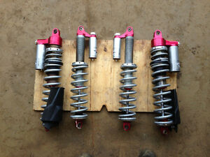 4xSuspension/ shocks au gaz side by side,côte à côte  RZR 550$/4