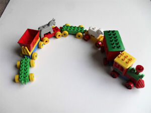 Fun Lot of Lego Duplo Train And Animals (Lot 2)