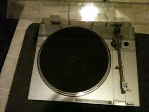SONY PLX2 Turntable .. SERVICED & 5 FREE ALBUMS