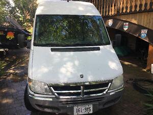2005 Dodge Sprinter Minivan, Van