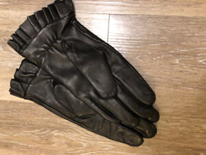 Ladies' Leather Gloves Size 7.5