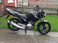 Yamaha ybr 125 64 red, May deliver