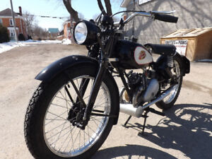 1948 The Famous James model ML125