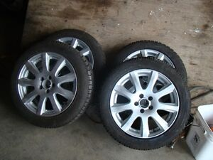 Set of 4 195/55R/16 toyo GSI-5 ice and snow tires on rims