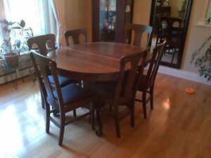 Antique dining table, 6 chairs and buffet