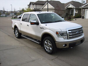 2013 Ford F-150 4 x 4 King Ranch Pickup Truck