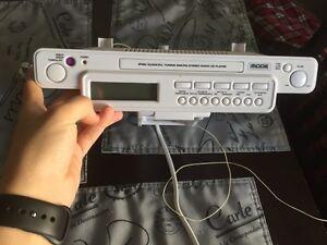 Lecteur cd /radio et iPod à vendre 20$