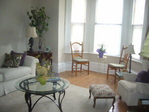 VERY QUIET 1-BEDROOM APARTMENT IN OLD EASTHILL