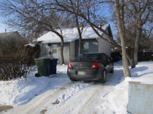 854 7th Ave. N.W., Moose Jaw
