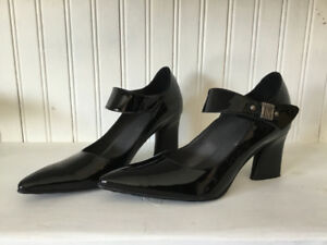 NEW women's black patent Mary Jane pumps