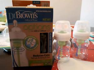 4dr Brown glass bottes new/ 4bouteilles en verre  de Brown neuf