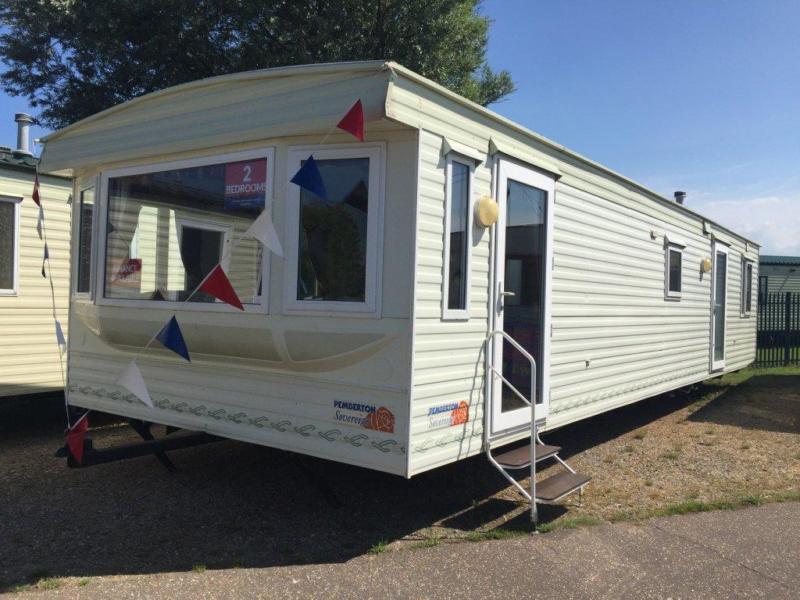 Static Caravan Nr Clacton-on-Sea Essex 2 Bedrooms 6 Berth Pemberton Sovereign