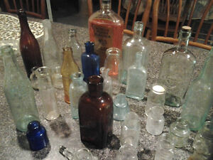 MISCELLANEOUS OLD BOTTLE COLLECTION Windsor Region Ontario image 4