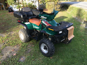VTT polaris Explorer 300 1900.00$ non négociable