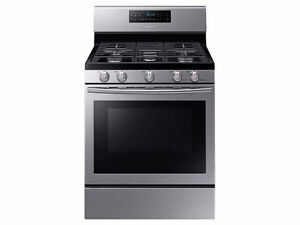 Samsung Freestanding Gas Range with Convection Oven.
