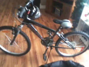 Diamondback bike and helmet