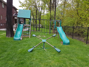 Grand outdoor playset  / swingset
