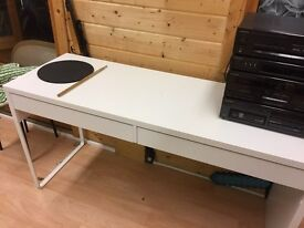 Ikea MICKE Desk white with two drawers 142x50 cm