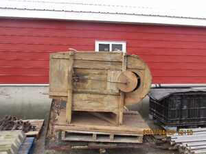 Old Fashion  Fanning Mill