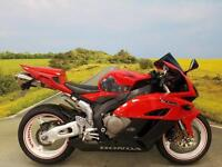 Honda CBR1000RR 2004**Akrapovic Exhaust, Double Bubble Screen, 2 Keys**