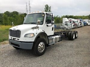 2013 Freightliner M2-106  Cab & Chassis