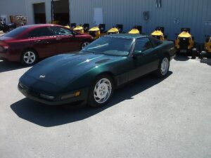 1994 Chevrolet Corvette Coupe (2 door)new price!!