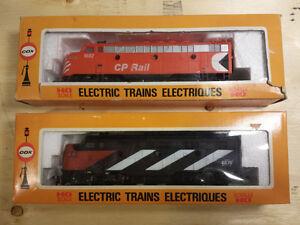 2x Vintage Cox HO Locomotives CN & CP