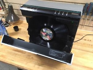 Rare Kenwood P9 vertical linear tracking turntable!